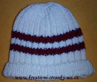 Béžová pletená čepice s pruhy